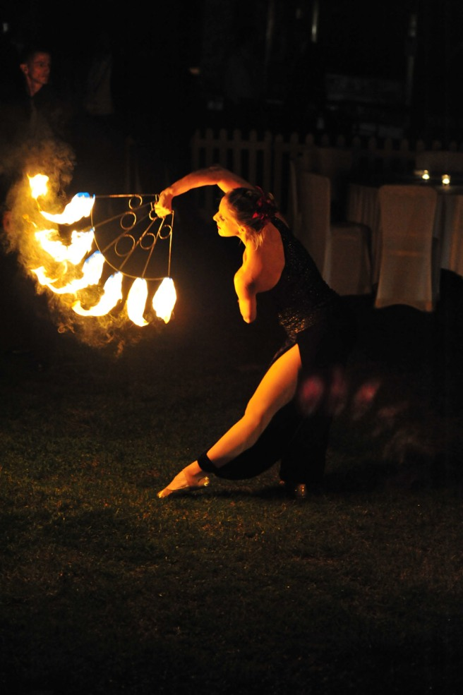 Fire-Juggling